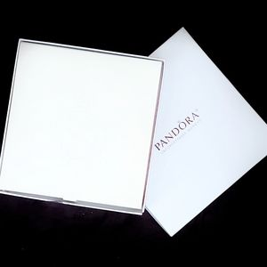 Pandora Large Leather Jewelry Carrier- New in Box
